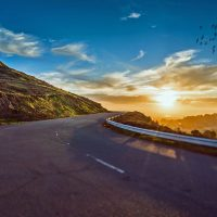 mountain-road-1556177_1920-min